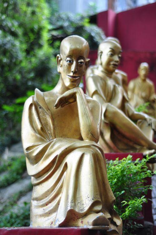 budda ten thousand buddhas monastery statue