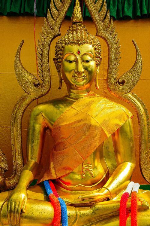 buddah deity golden