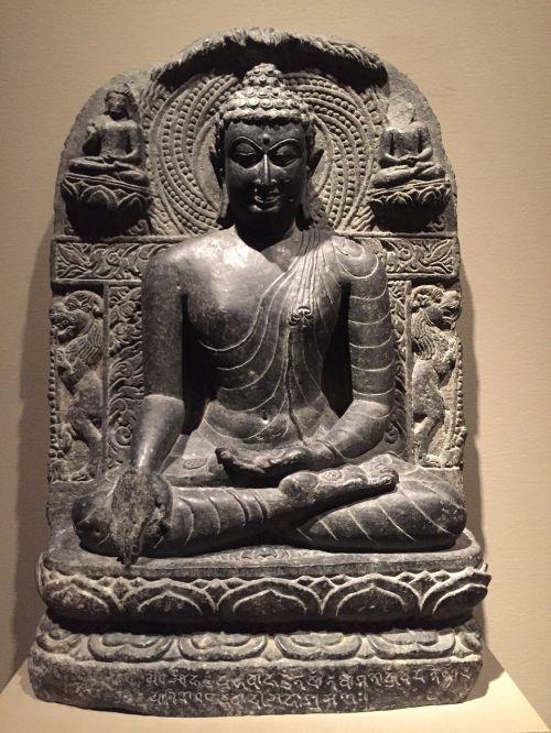 buddha statue religion