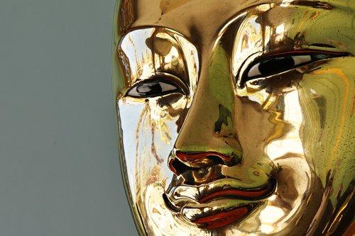 buddha  bronze  reflection