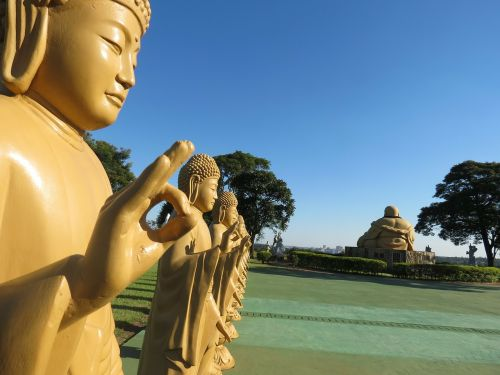 buddhism statues temple