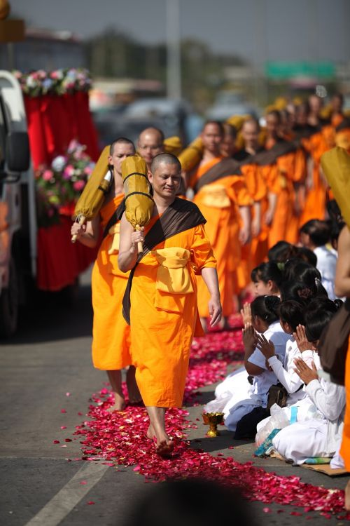 buddhism orange monks