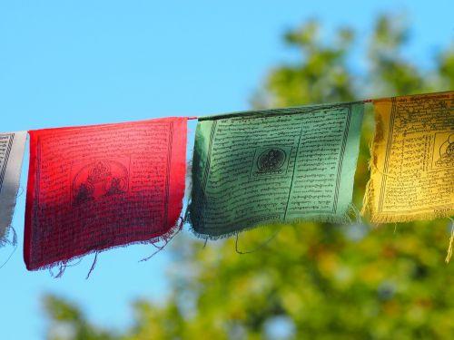 buddhist flags prayers