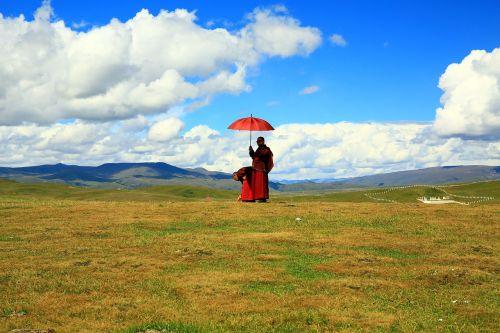 buddhist believers scenery prairie