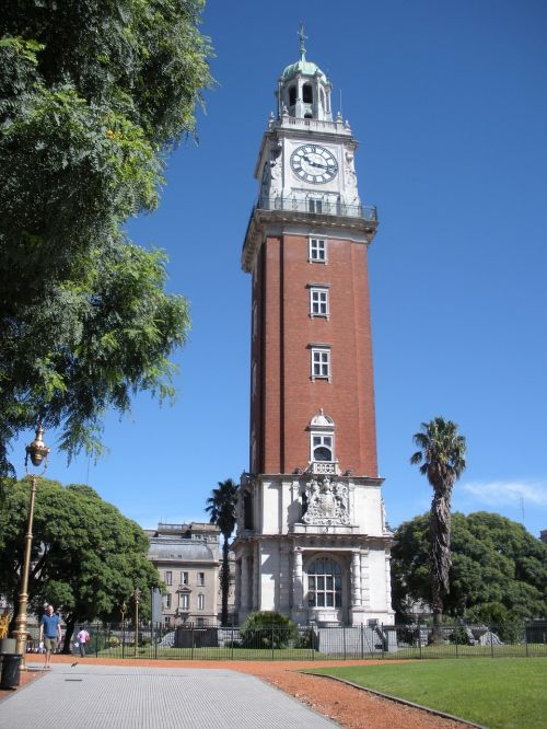 buenos aires neighborhood of the retreat torre monumental