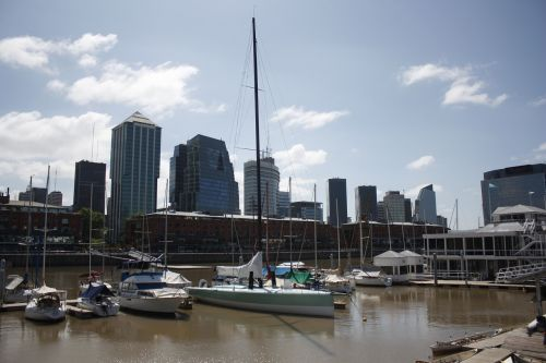 buenos aires puerto madero argentina