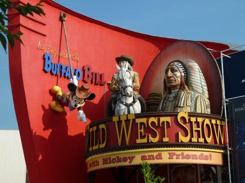buffalo bill disneyland wild west