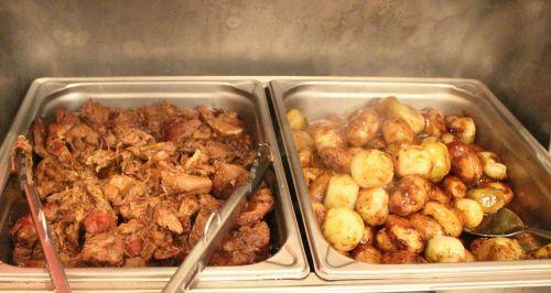 buffet meat lamb