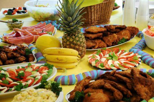 buffett pineapple bananas