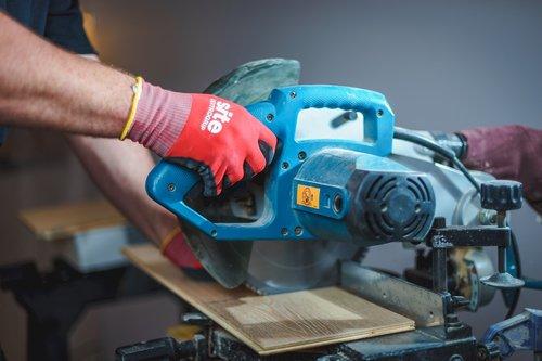 builder  tradesman  handyman
