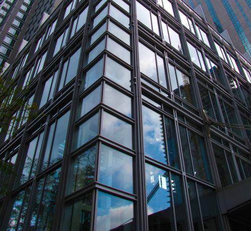 building montréal architect
