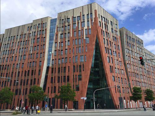 building architecture unusual