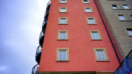 building exterior modern building