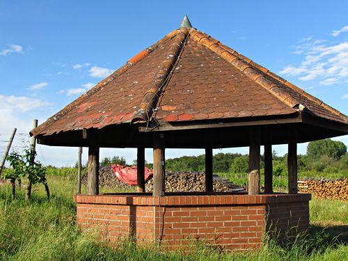 building bower garden terrace