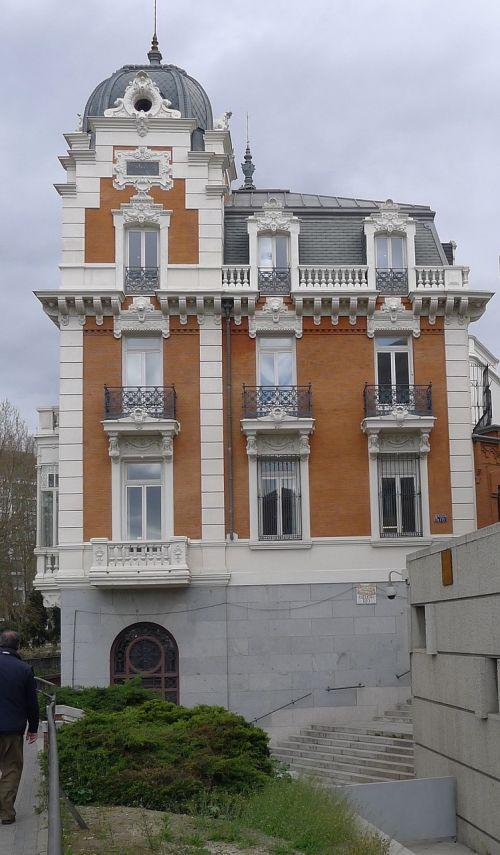 building baroque architecture