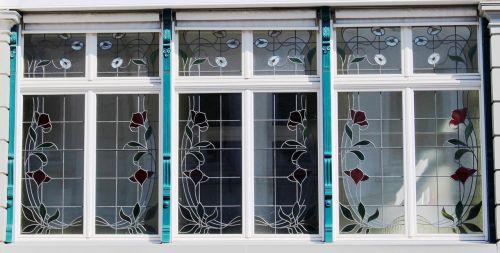 building art nouveau window