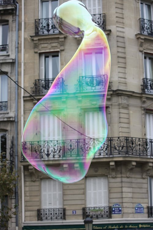 building  bubble  paris