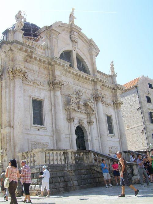 building croatia historically