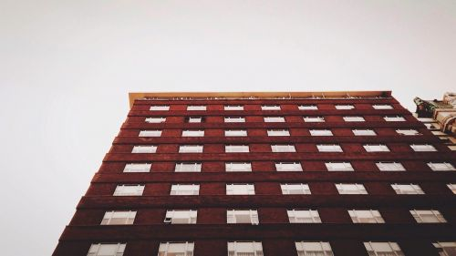 building red apartment