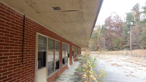 building old abandoned windows