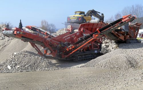 building rubble crusher excavators