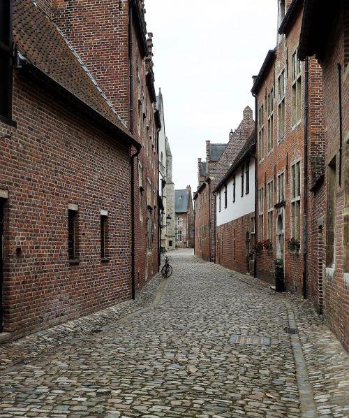 buildings street vista