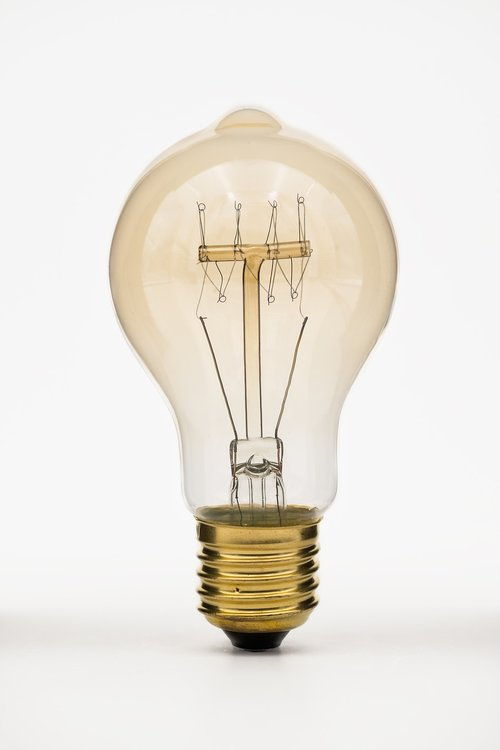 bulbs  light bulb  lamp