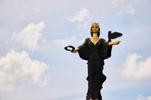 bulgaria sofia sculpture