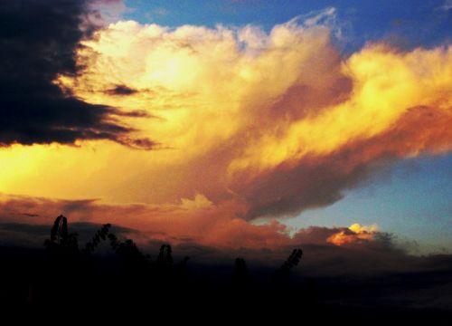 Bulky Cloud