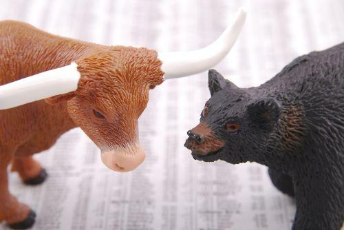 bulius,turėti,atsargos,turgus,verslas,finansai,keistis,finansinis,investavimas,bullish,ekonomika,pelnas,tendencija,ledinis,prekyba,parduoti,pirkti,prekyba