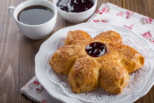 bun baking muffin