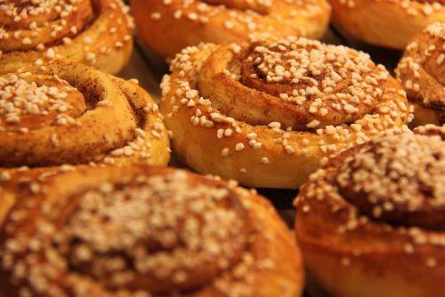 buns cinnamon nib sugar