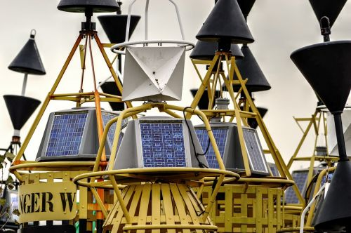 buoy radar reflector solar cell