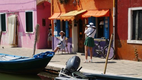 burano tourists commemorative photo
