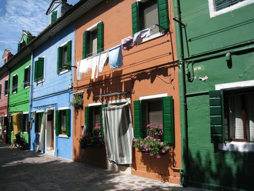 burano italy colorful