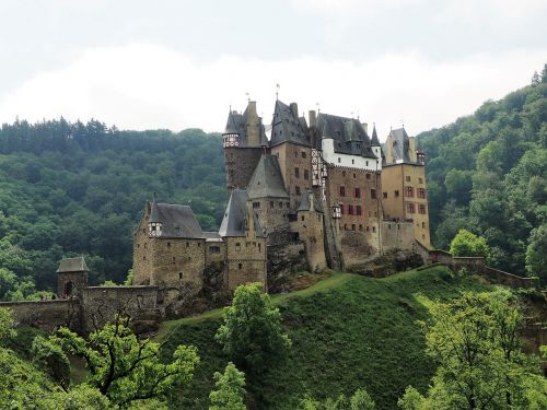 burg eltz castle middle ages