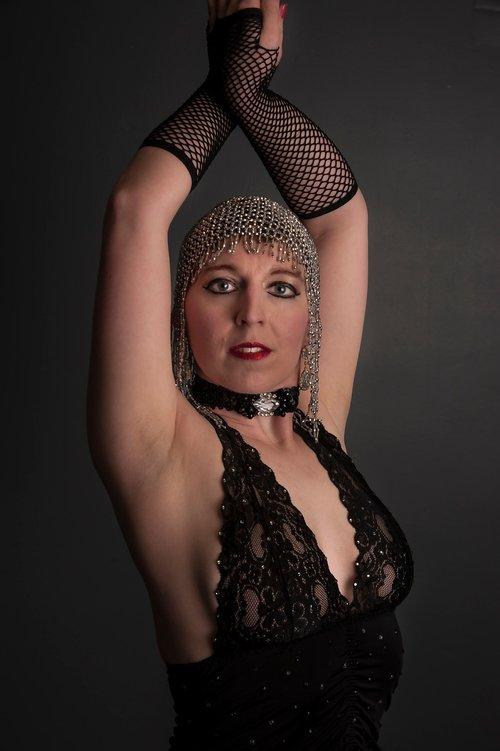 burlesque  showgirl  dancer