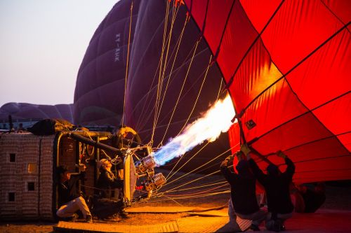 burma bagan hot air ballooning