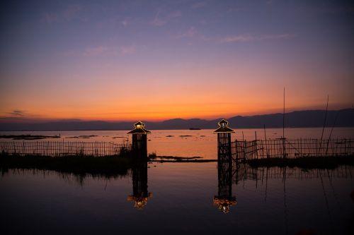 burma inle lake sunset