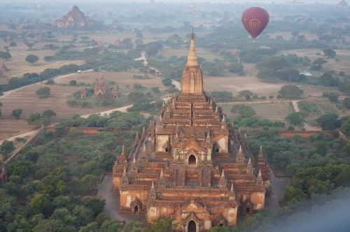 burma temple balloon