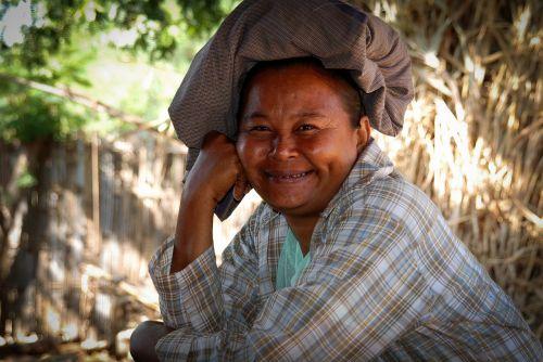 burma myanmar woman