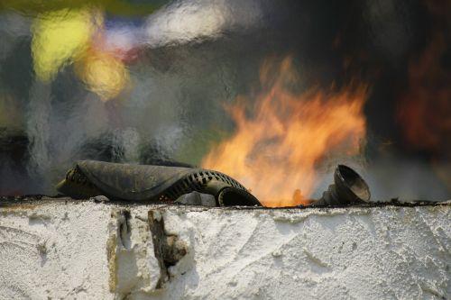 burn fire iron