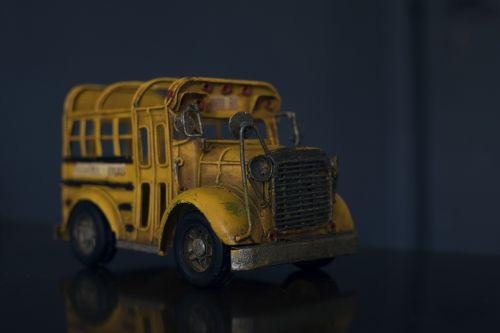 bus toy cart