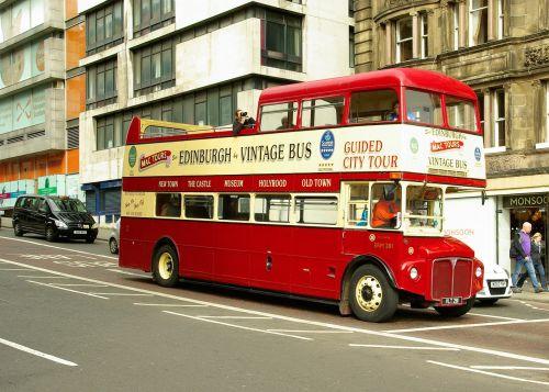 bus tourists scotland
