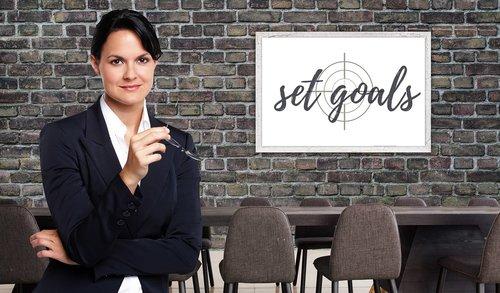 businesswoman  target  idea