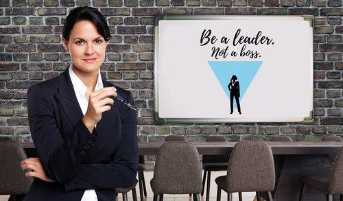 businesswoman  supervisors  boss