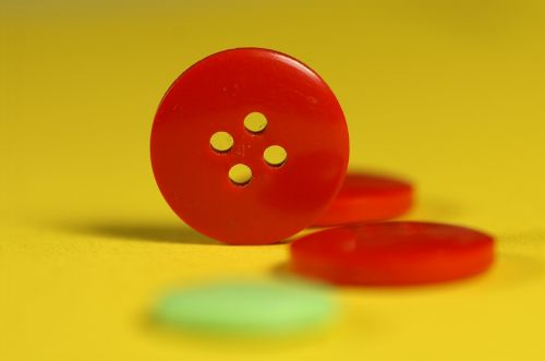 button red yellow