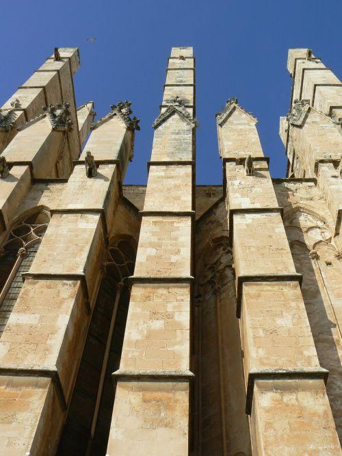 buttresses cathedral palma de mallorca