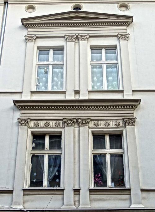 bydgoszcz pilasters architecture
