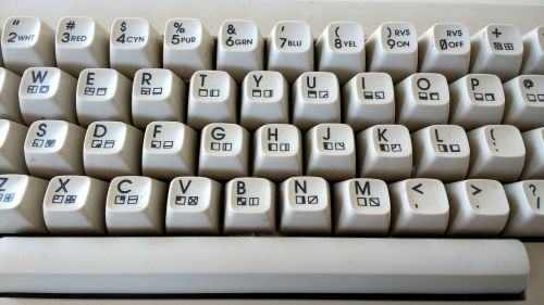c64 keyboard retro